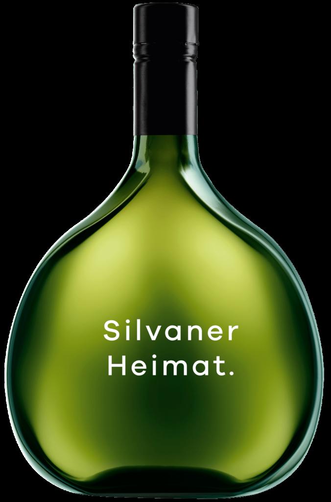 Eine Weißweinflasche mit dem Aufdruck Silvaner Heimat.